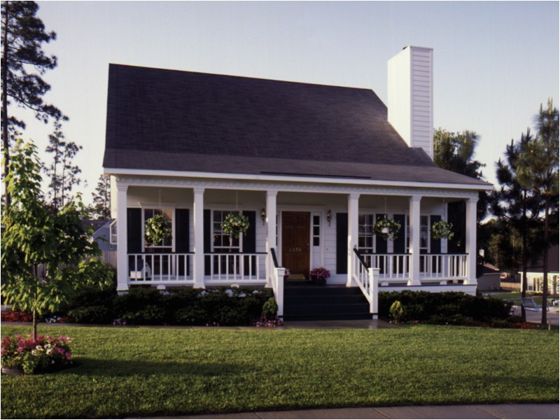 acadian style house plans with front porch