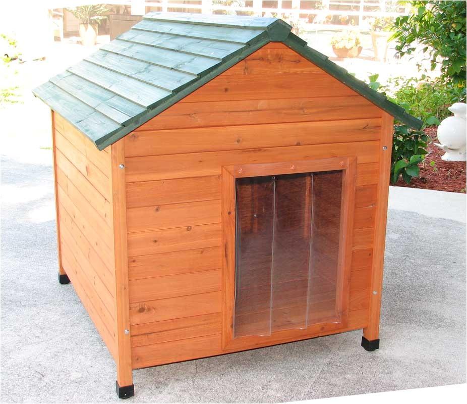 classic cedar dog house