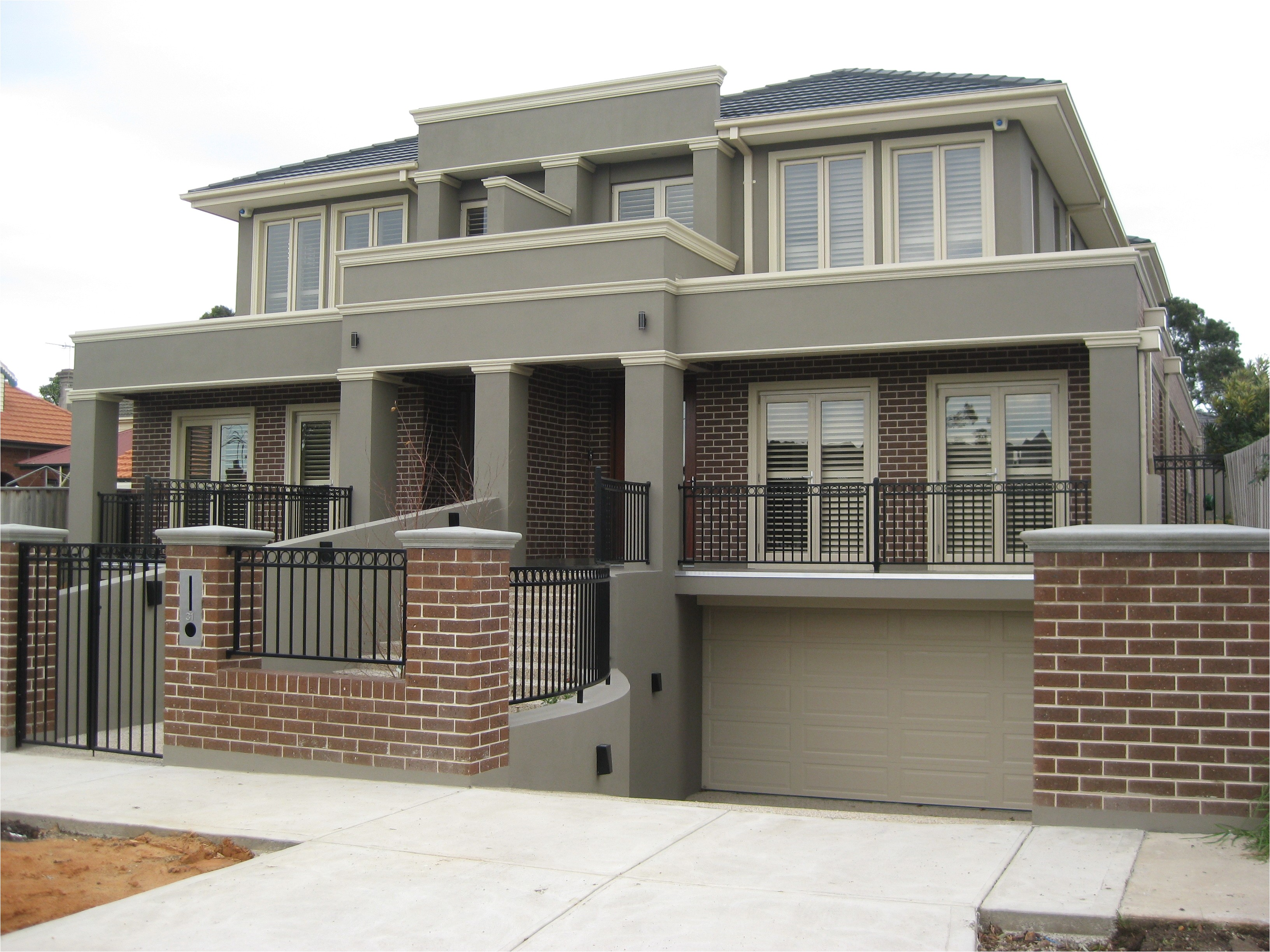 artistic split level homes downward sloping block unique home on designs for blocks