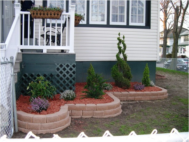 front of house flower bed designs