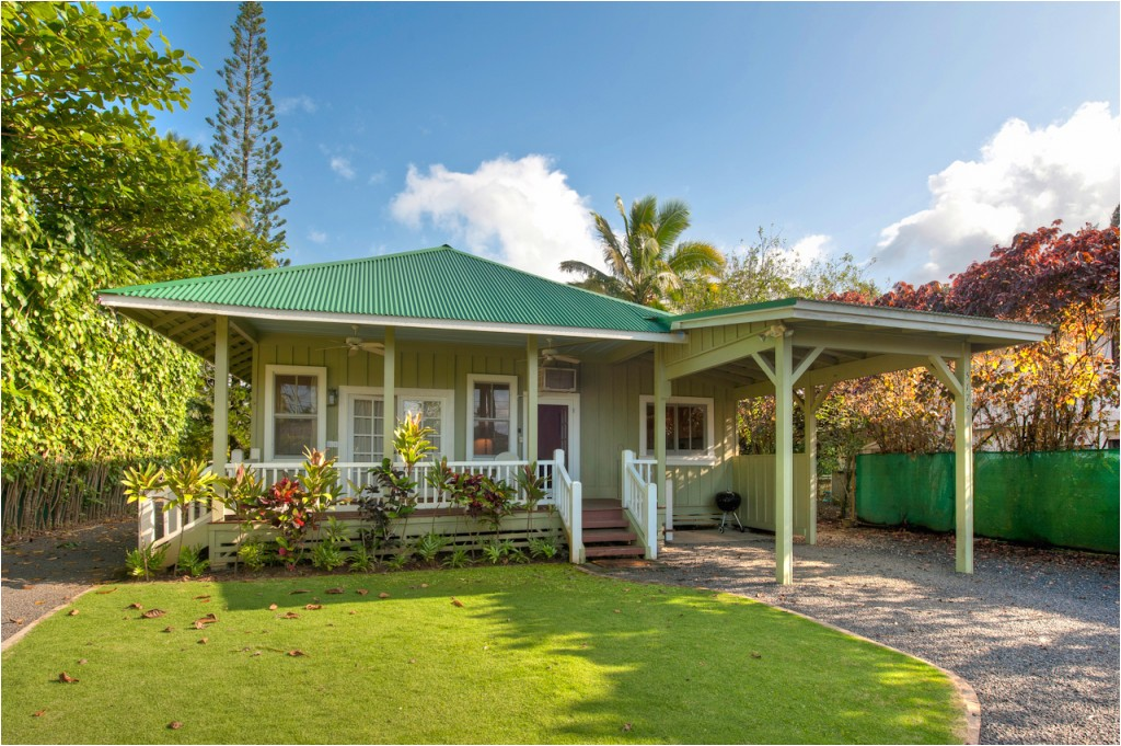 relaxed and cheerful hawaiian style home plans