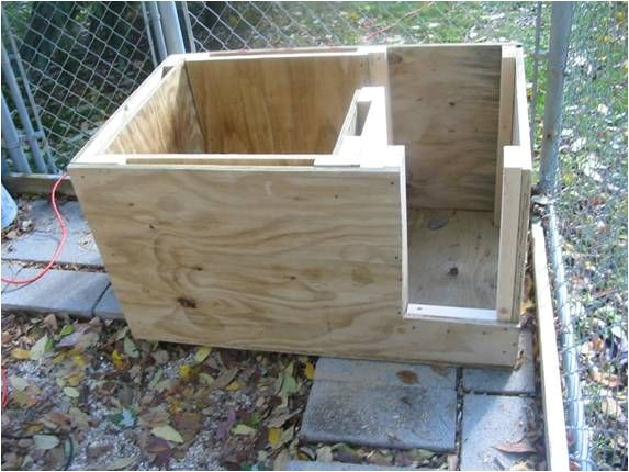 b605e3c56870 Insulated Cat House Plans 25 Best Ideas About Insulated Dog Houses On  Pinterest
