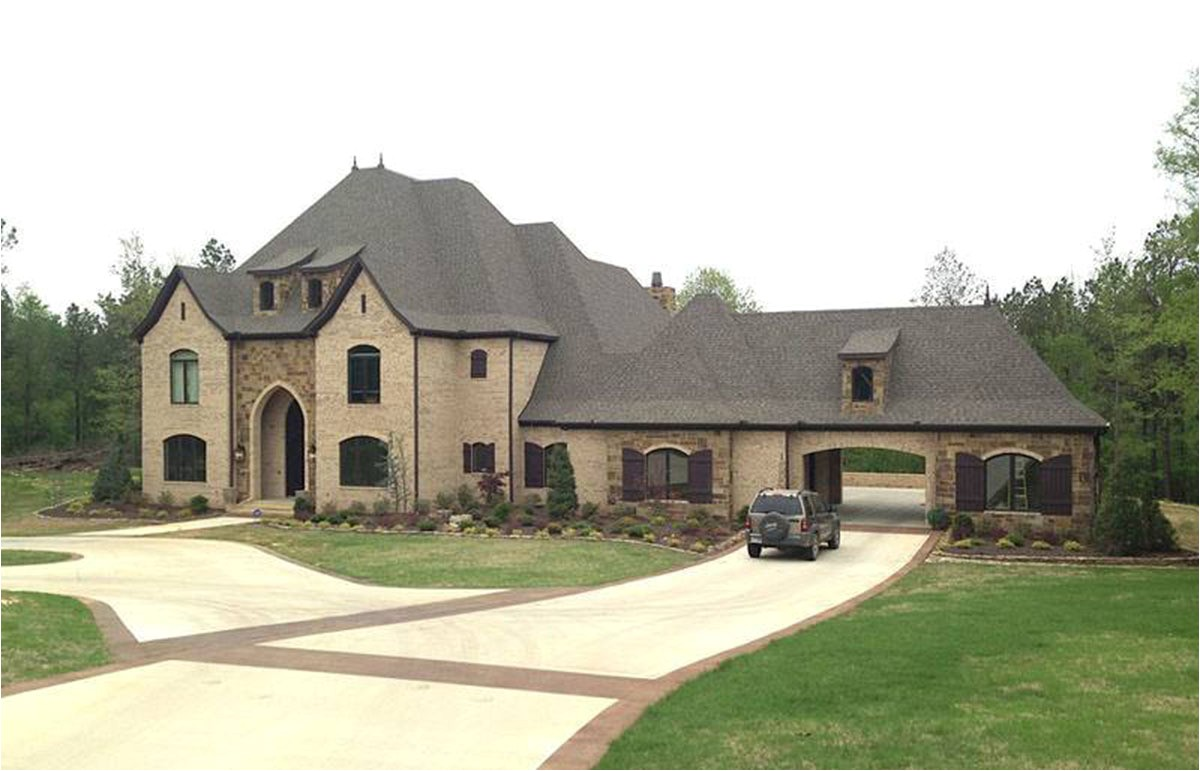 estate home plan with motorcourt 60592nd