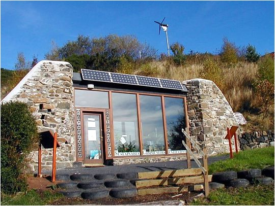 10 reasons why earthships are fing awesome