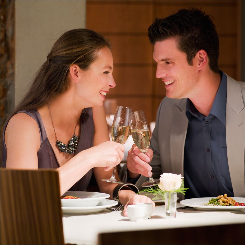 how to throw a romantic dinner at home
