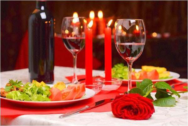 guide planning romantic dinner home