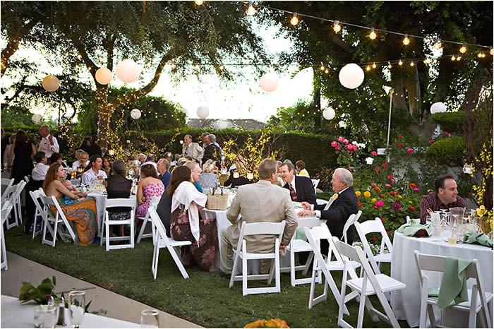planning outdoor wedding reception