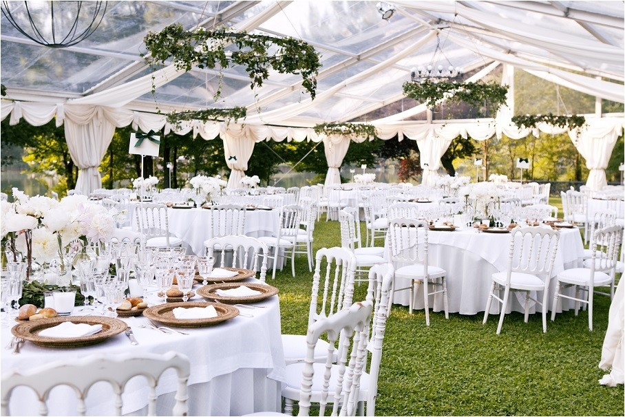 backup plan planning outdoor wedding
