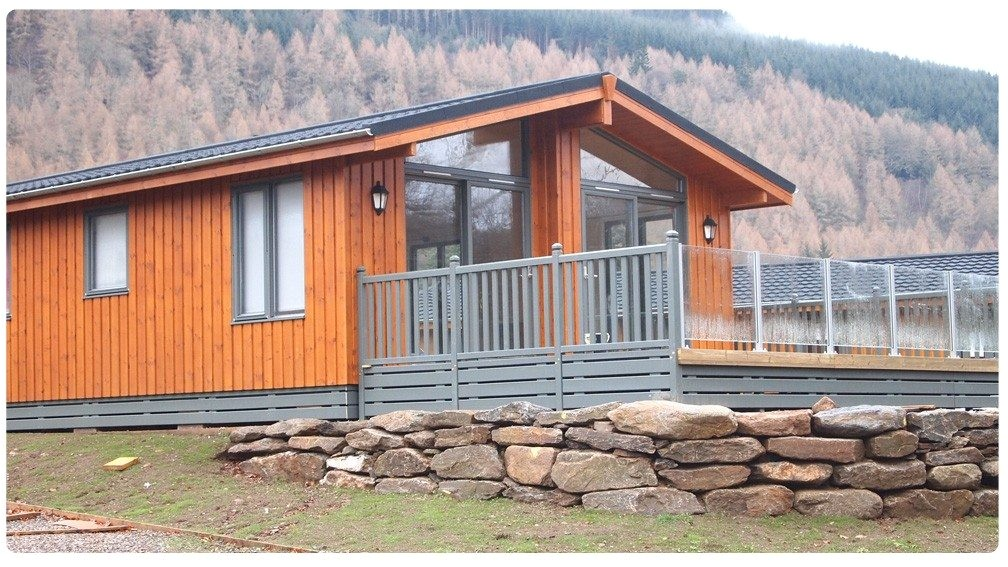 planning permission for log cabin on agricultural land