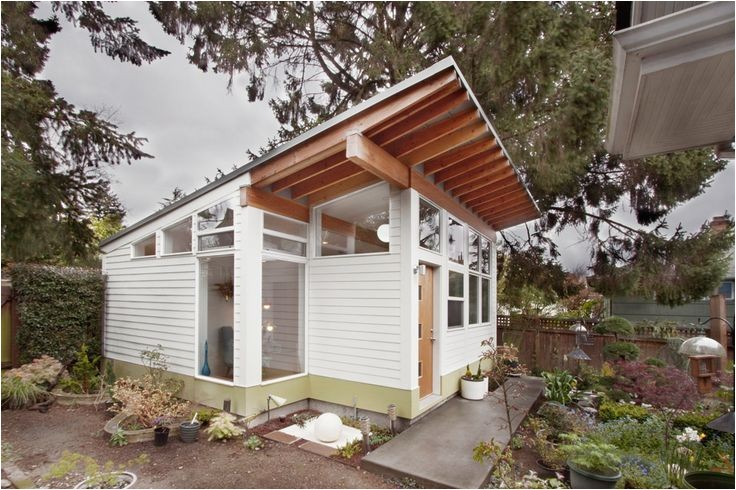 backyard guest houses