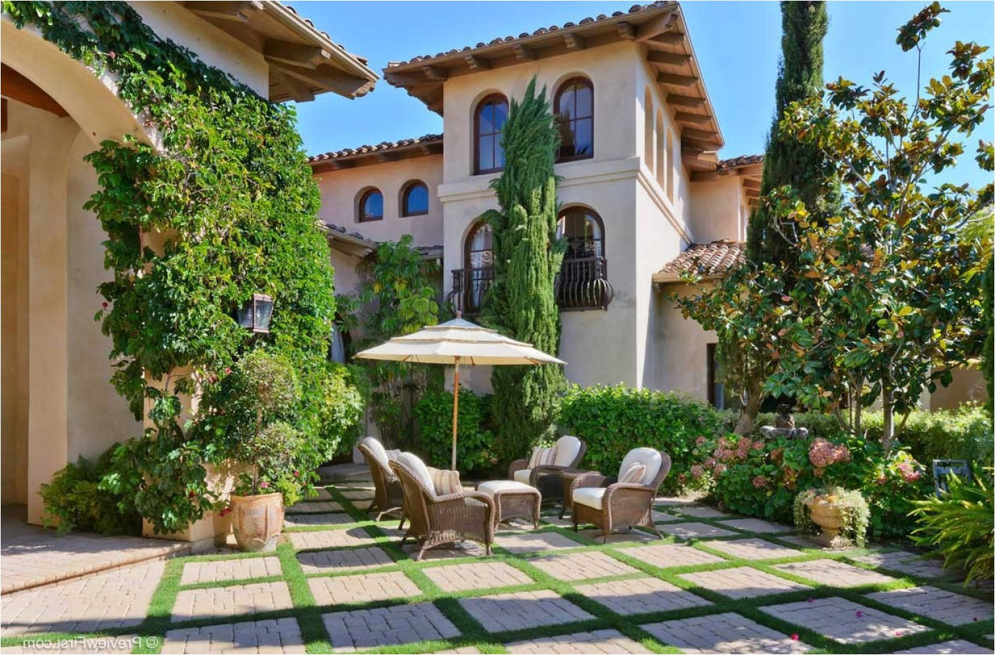 nice spanish style house plans with central courtyard