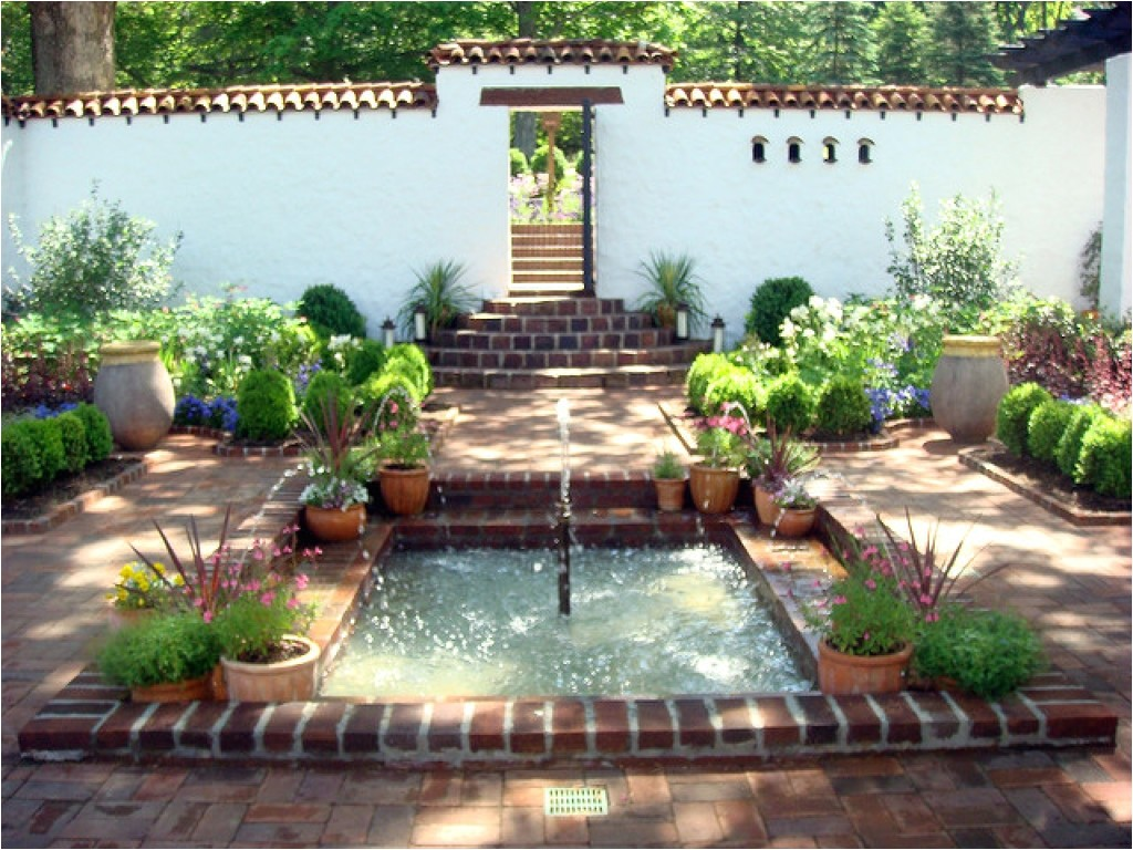 dd108584adcd447b small front courtyards small spanish style courtyard garden