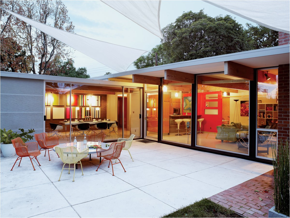 elements of eichler style
