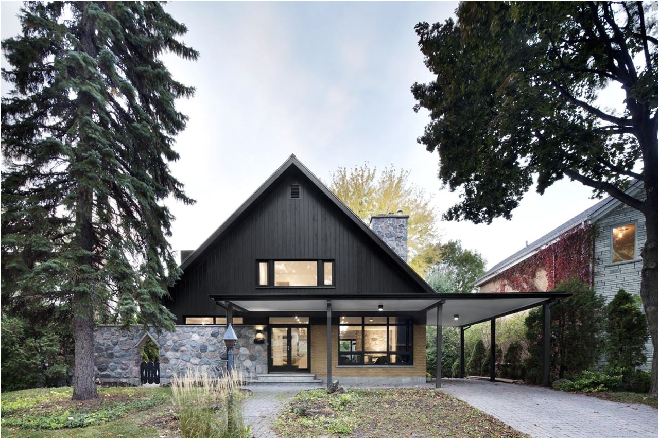 stylish country house closse residence near montreal canada