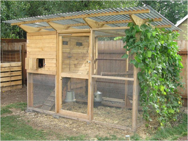 garden coop building plans up to 8 chickens p535