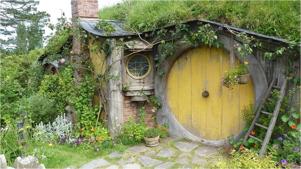how build hobbit house dream embodying