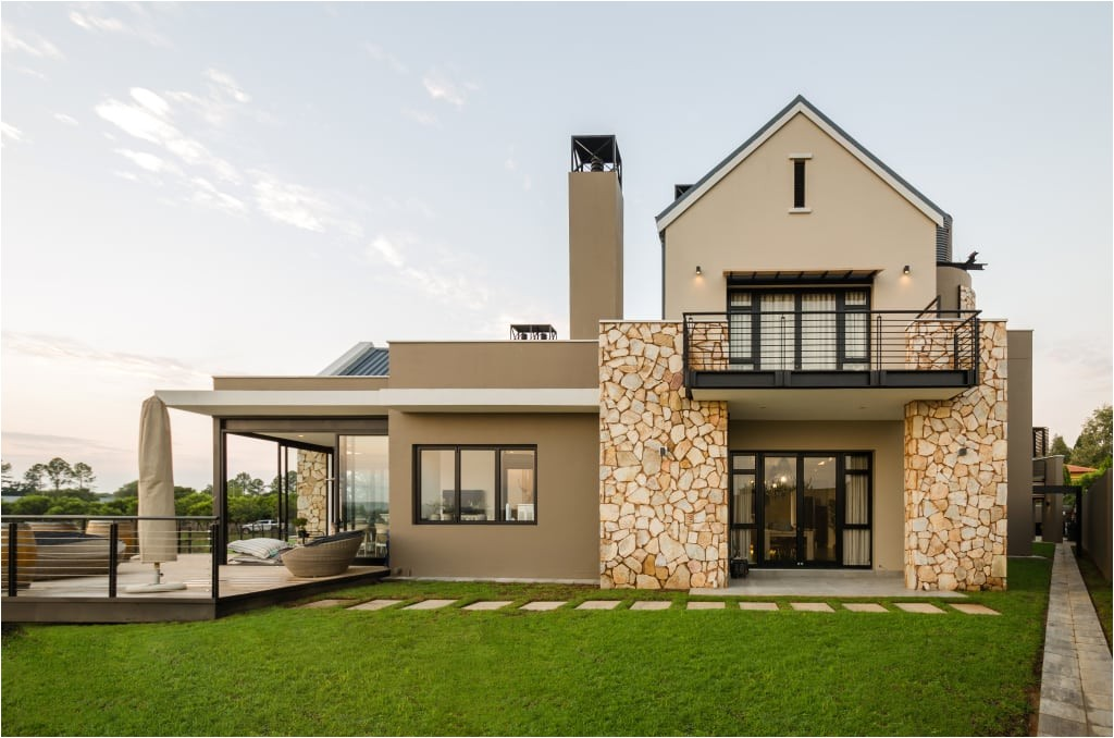 the keys of farm style house plans south africa that we love