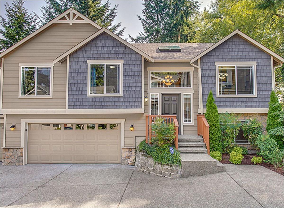 Split Plan Home Spacious Split Level Home Plan 23442jd Architectural