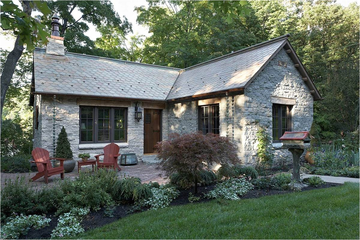 35 houses photos with stone clad design
