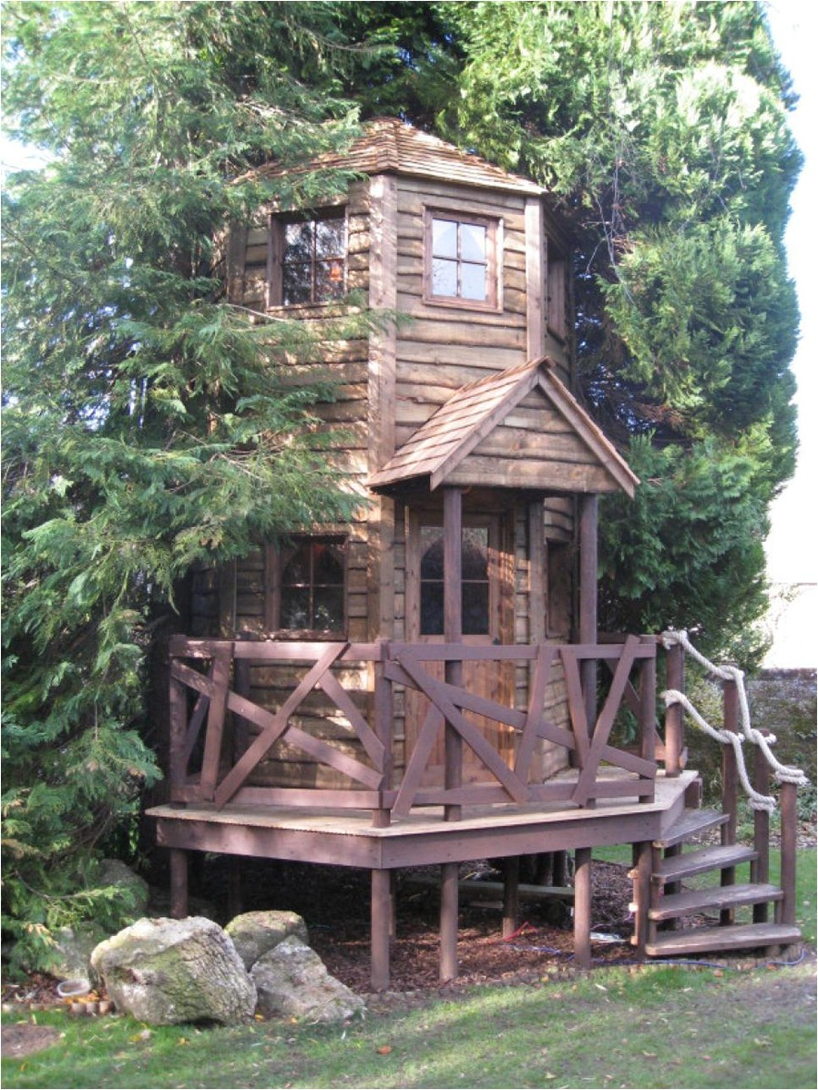 treehouses for kids for a surprise gift