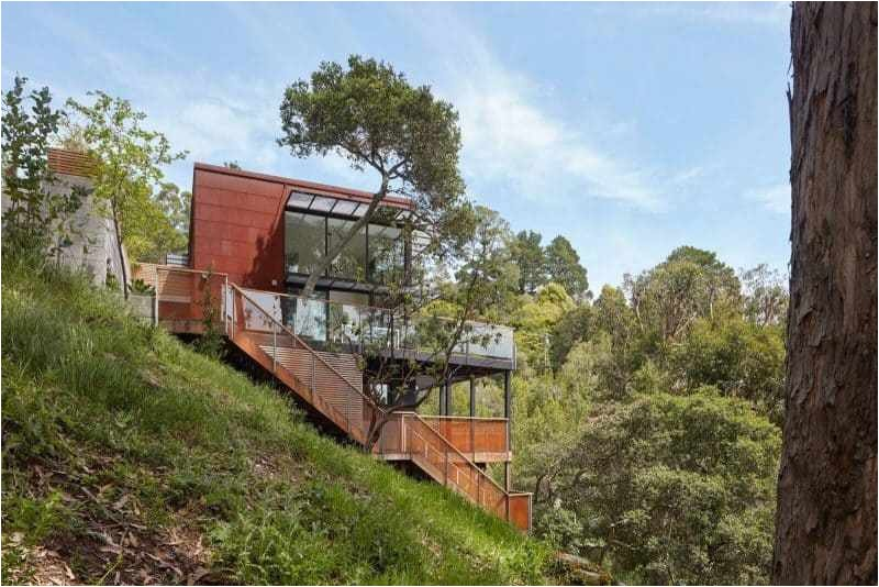 an energy efficient hillside house in cali