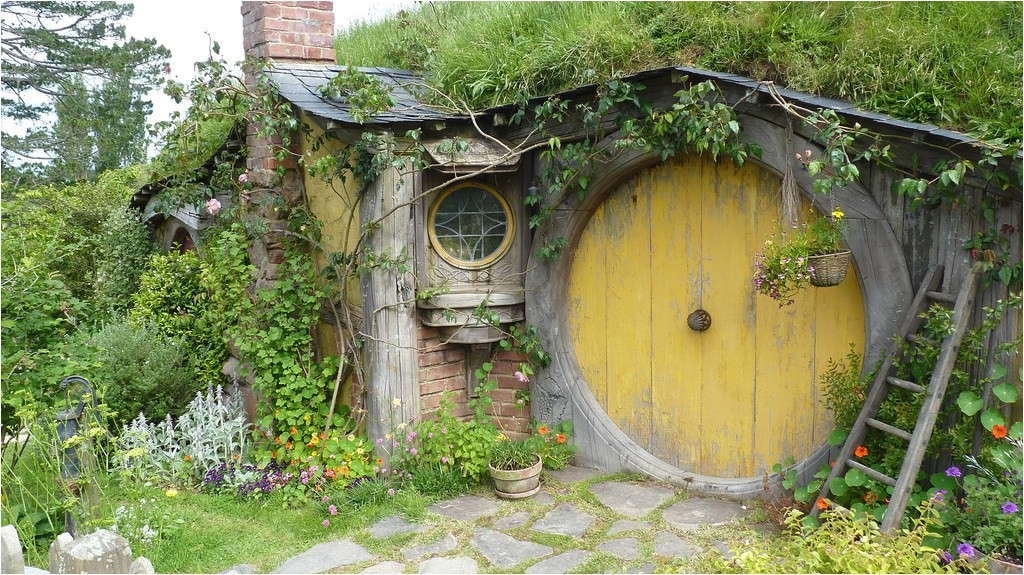 how build hobbit house dream embodying
