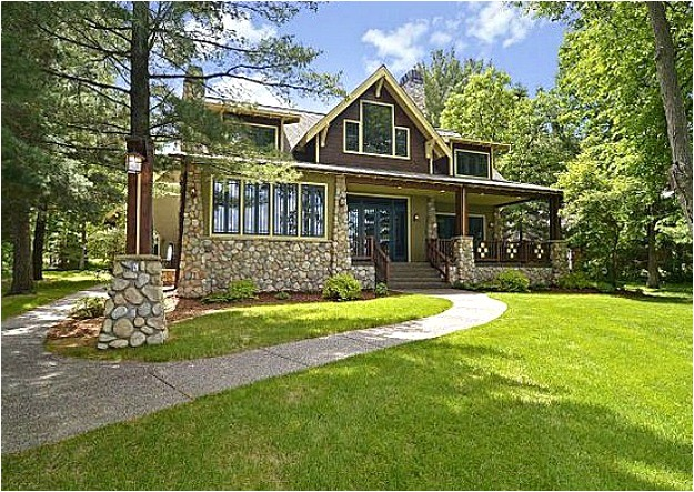 a new craftsman style house on gull lake in minnesota