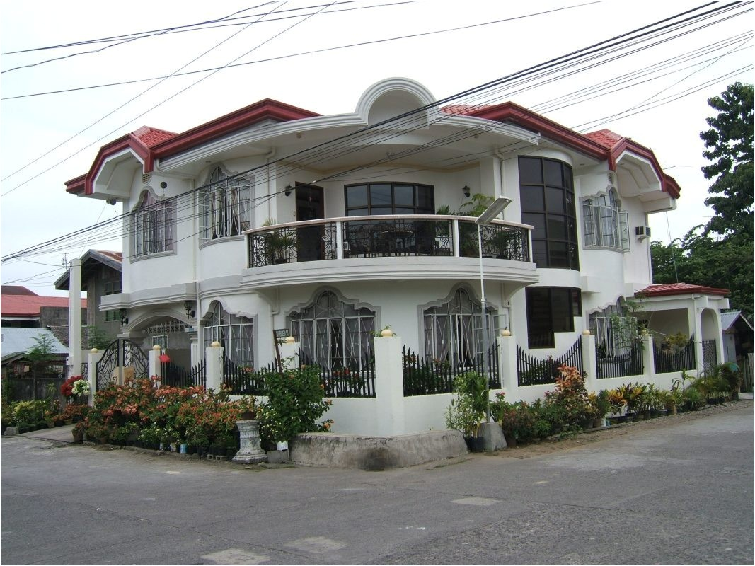 modern house front view