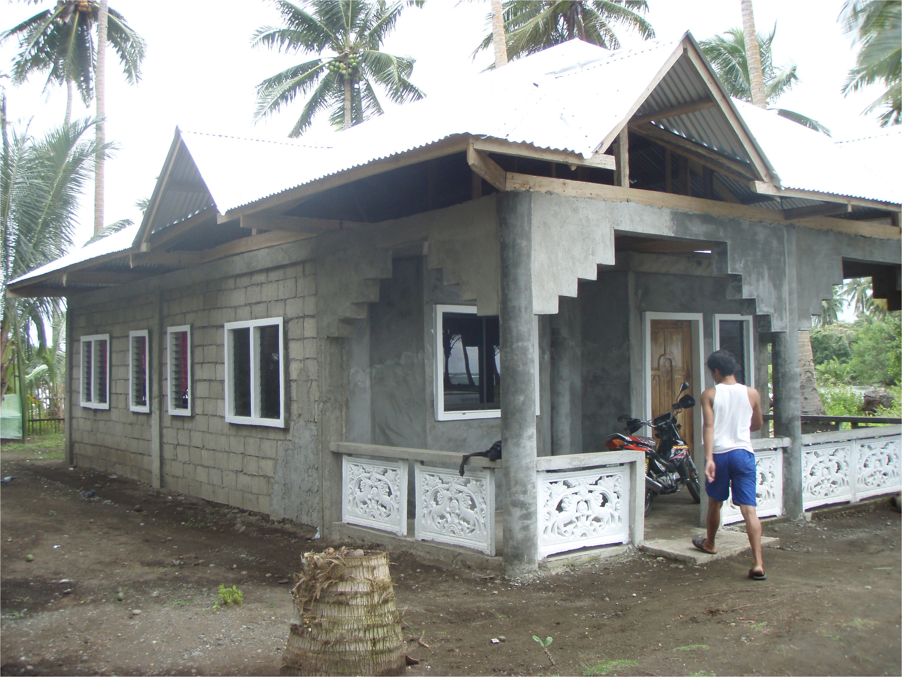 the hundred thousand peso house 0
