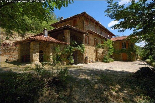 italian country house