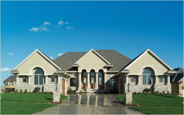 luxury ranch homes