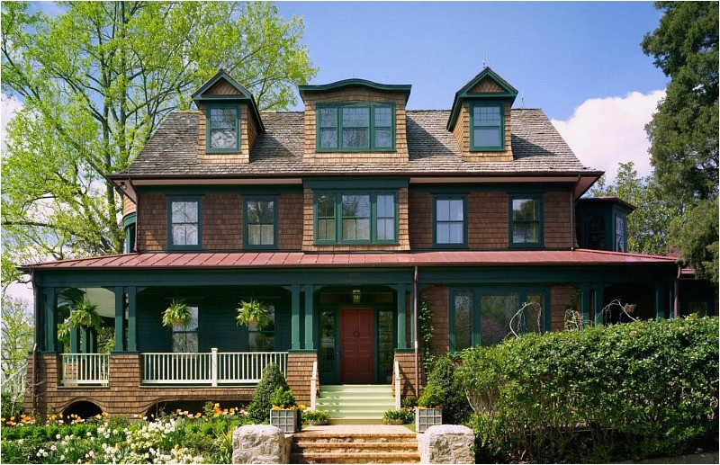 looks old new shingle style house classic style