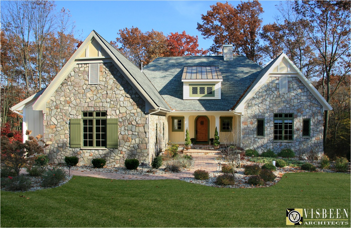 one level french country home plans