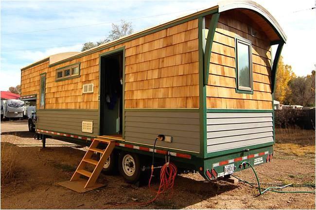 Tiny House Plans for 5th Wheel Trailer Refreshing Tiny House is Built Using Gooseneck Trailer