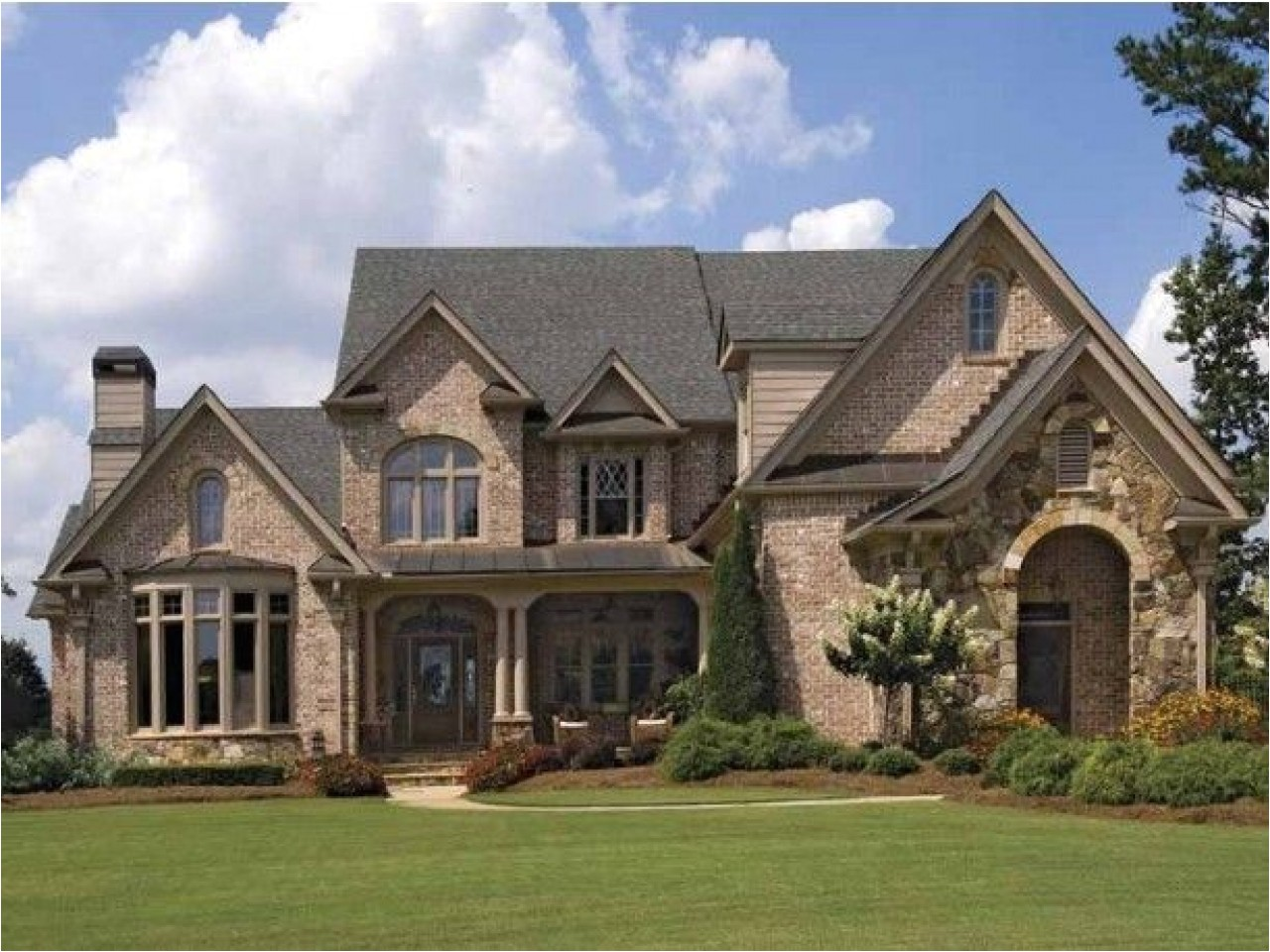 9046e0077950631c brick house exterior designs brick french country house plans