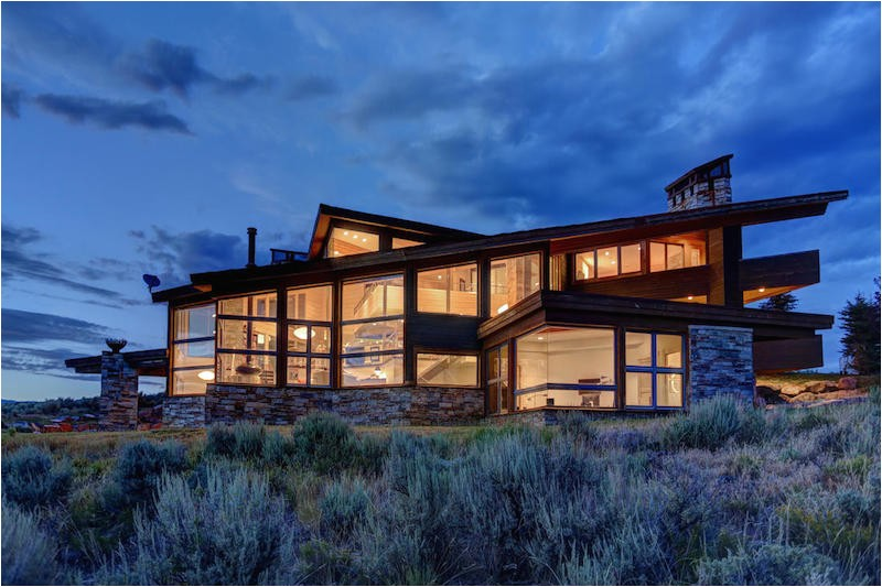 architecture asymmetry in the service of comfortable living park city residence