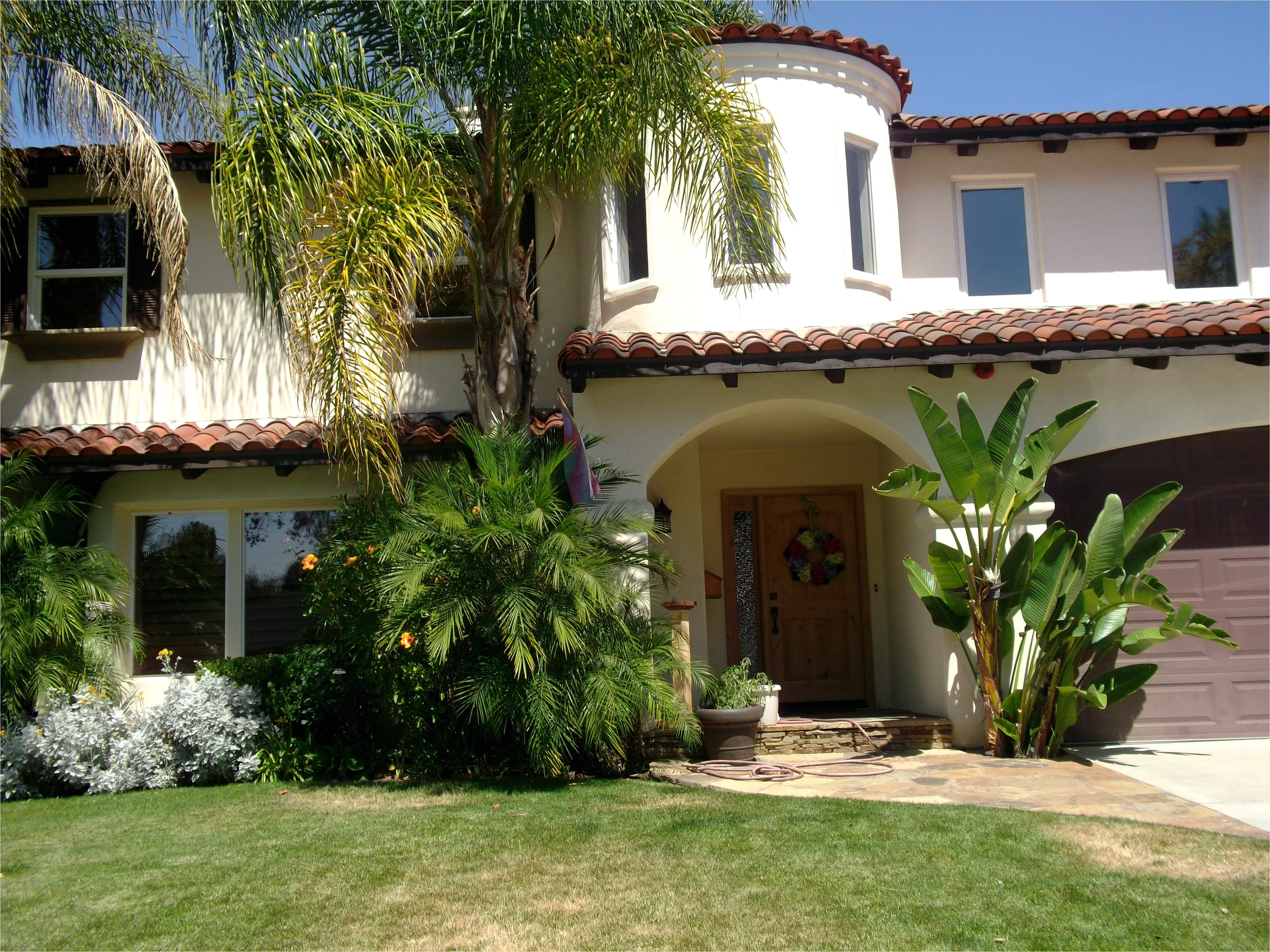 california house styles living with flair casual chic and comfort