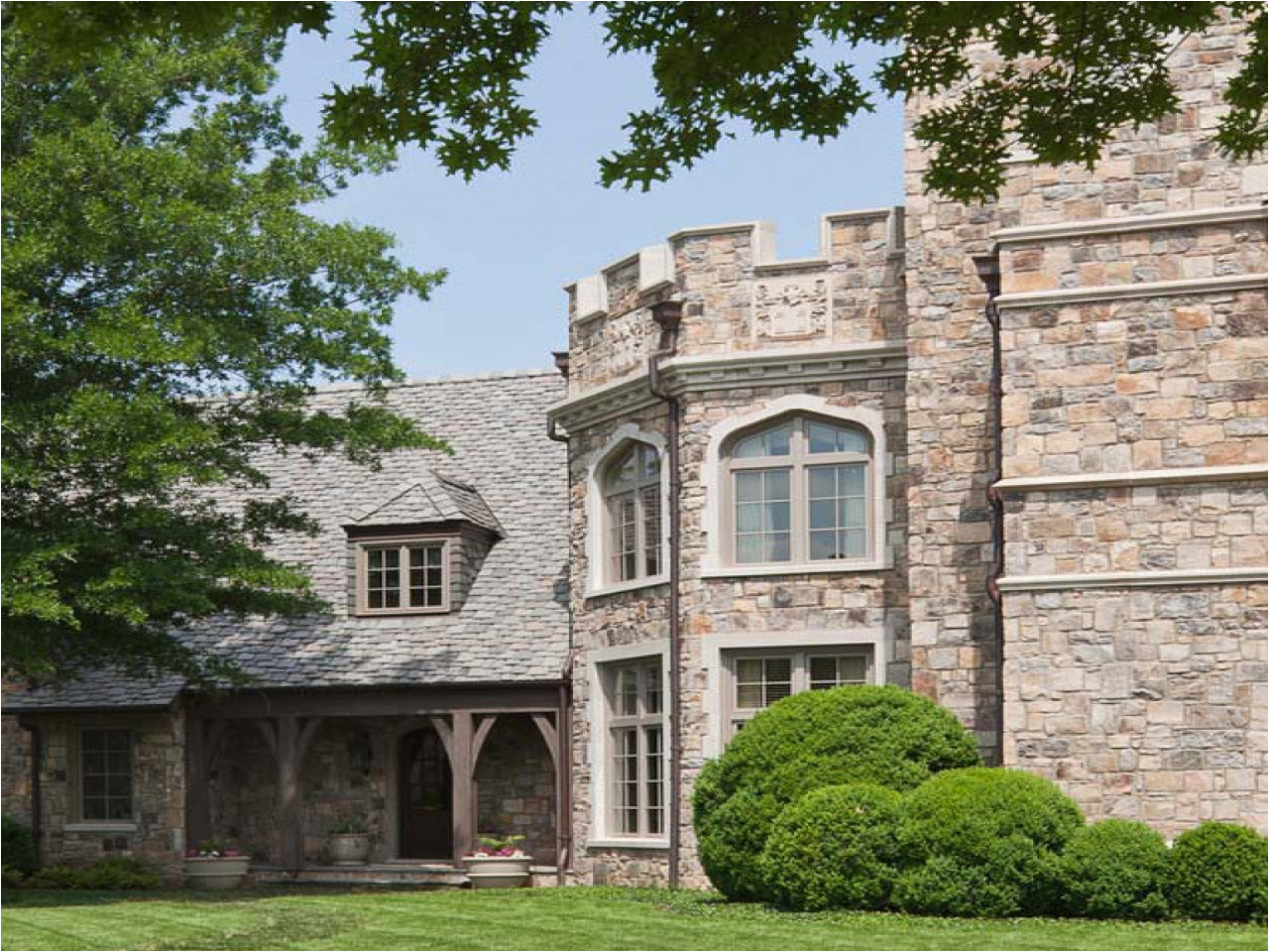small castle style house plans