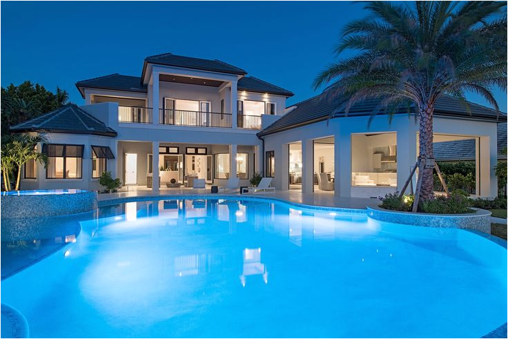 custom pool homes