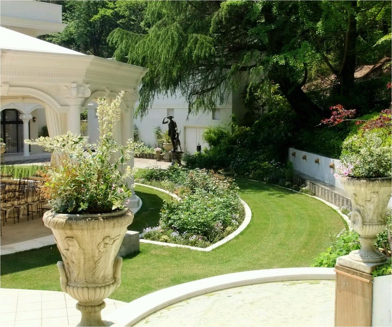 modern homes garden designs ideas