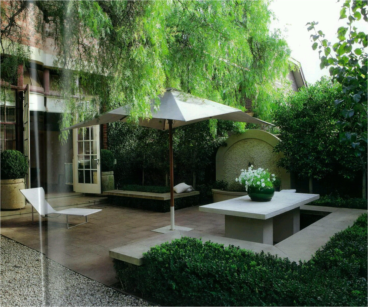 modern homes gardens designs pictures