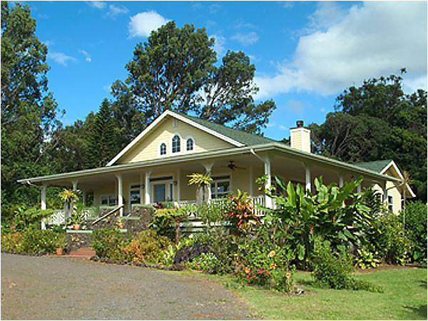hawaiian plantation style homes