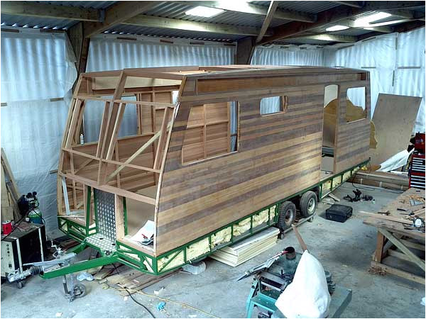 cedar strip canoe builders info