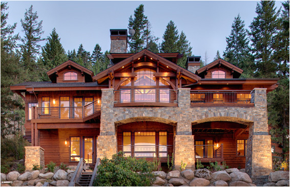 lakefront mountain home in northern idaho