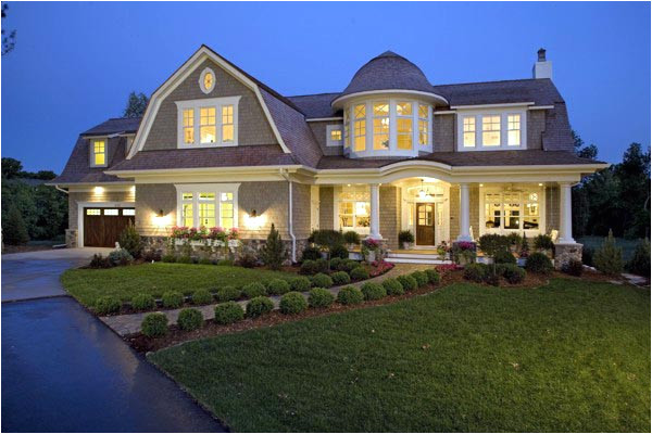 barn style luxury house plan