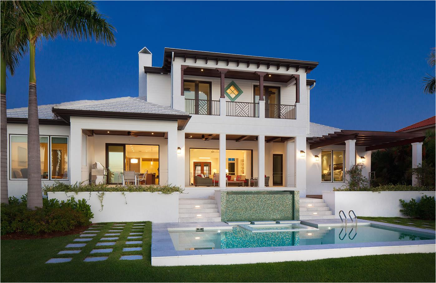 luxury waterfront home plans