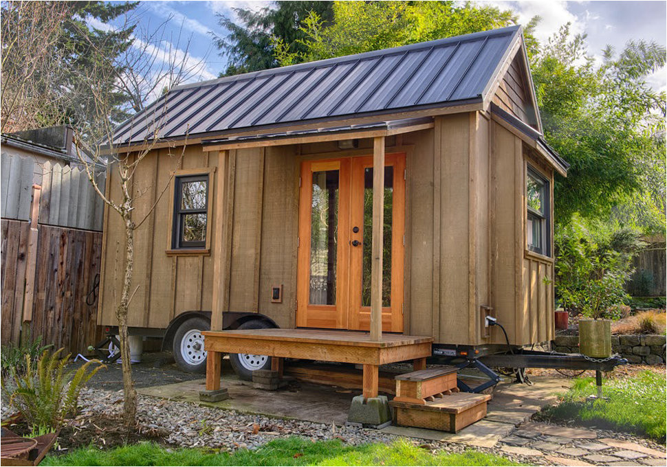 guide building tiny house on wheels