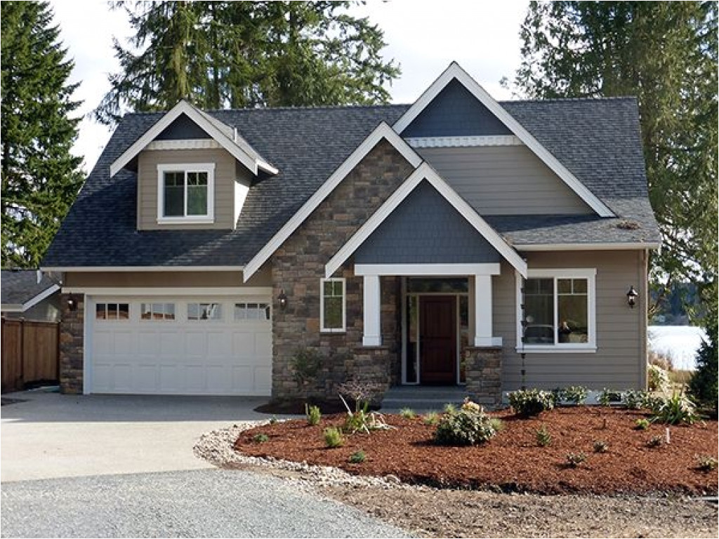 bf235ee0a557447f modern narrow lot home plans narrow lot lake cottage house plans