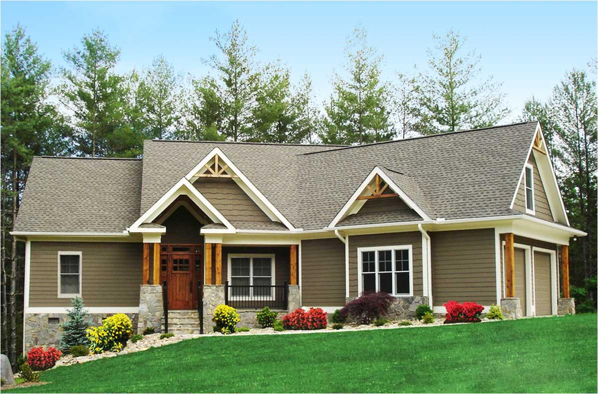 craftsman inspired ranch home plan 15883ge