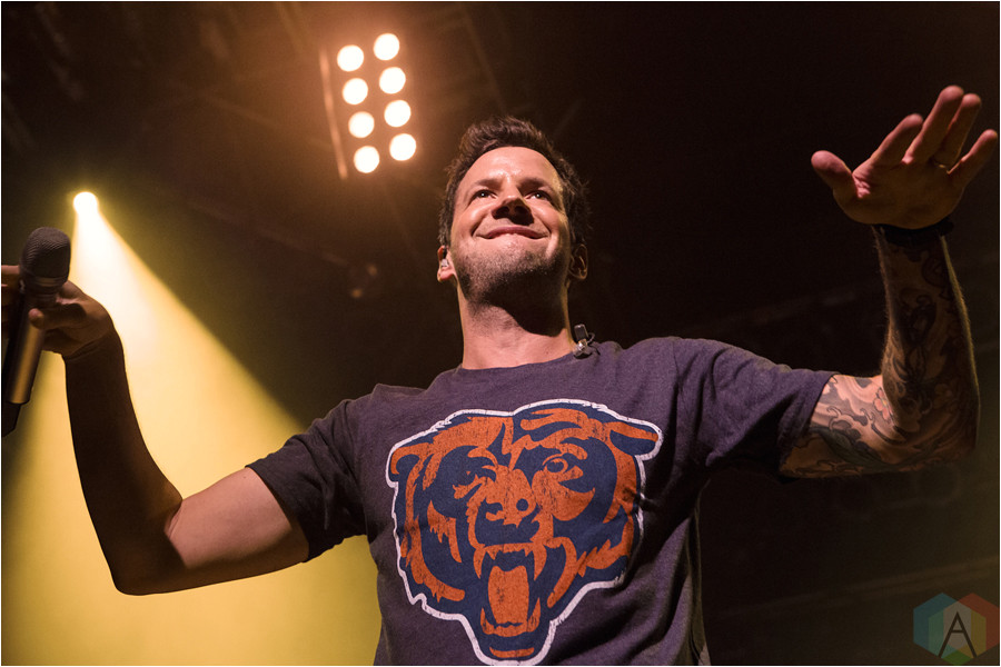 2016 usa simple plan performs at house of blues chicago 8